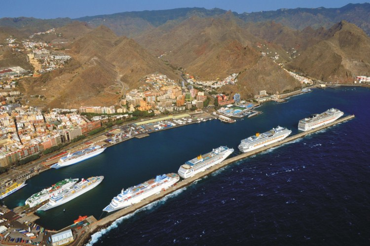 7 cruceros puerto Santa Cruz de Tenerife4