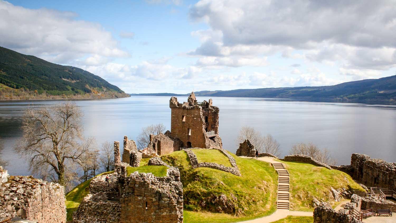 scotland-loch-ness--1500x850__1_