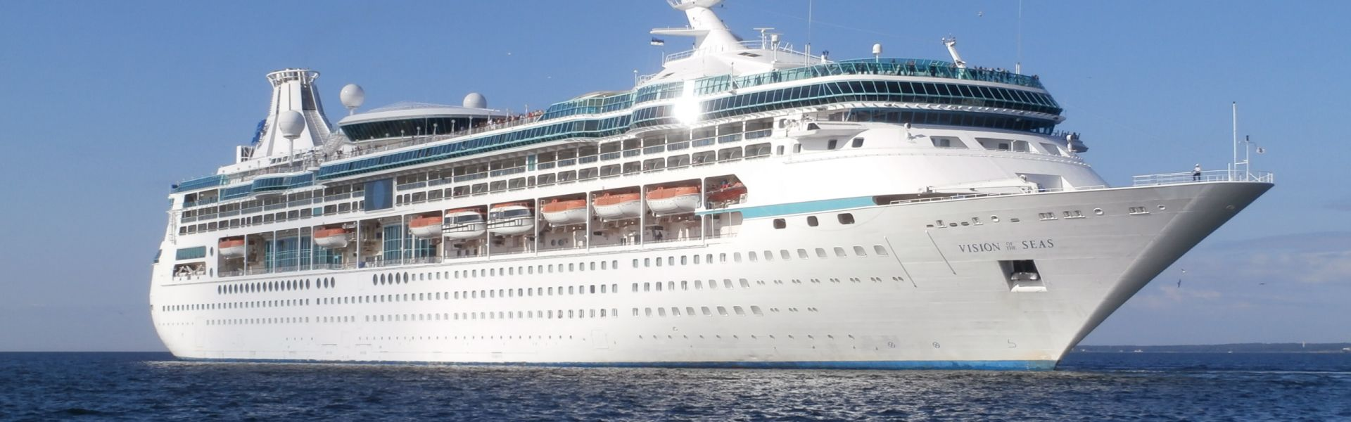 Croaziera 2016 - Emiratele Arabe Unite (Dubai) - Royal Caribbean Cruise Line - Vision of the Seas - 7 nopti - ZBOR INCLUS
