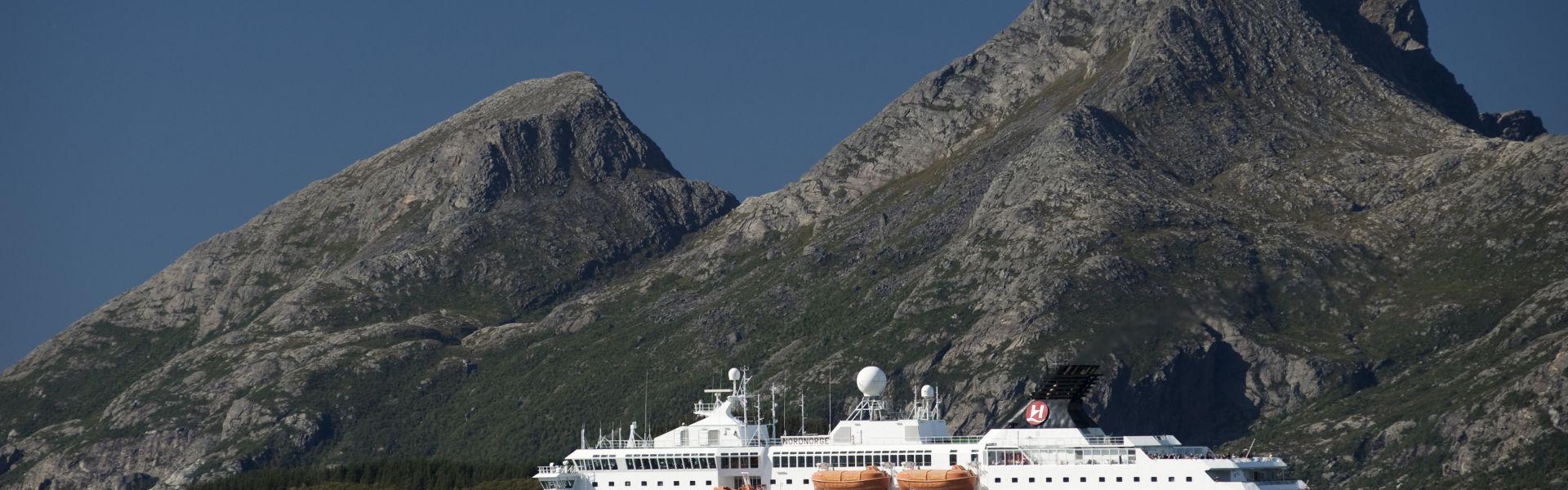 Croaziera 2017 - Scandinavia si Fiordurile Norvegiene (Kirkenes) - Hurtigruten - MS Nordnorge - 5 nopti