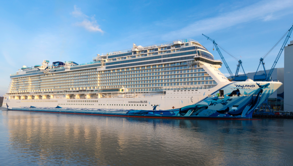 ncls_norwegian_bliss_leaves_meyer_werft_yard