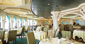 Restaurantul L'Olivo - dedicat membrilor Yacht Club