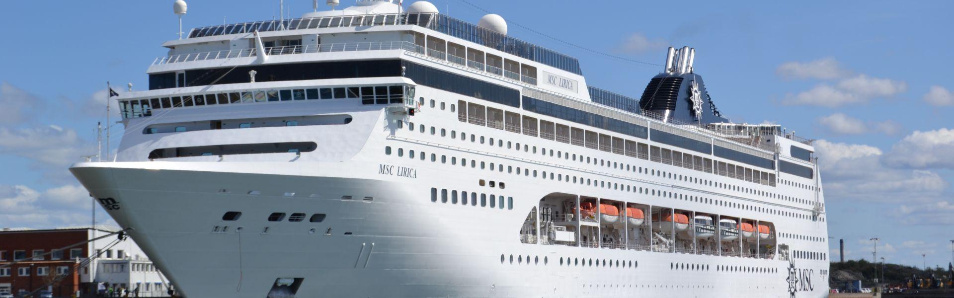 Croaziera 2018 - Orientul Mijlociu (Dubai) - MSC Cruises - MSC Lirica - 11 nopti