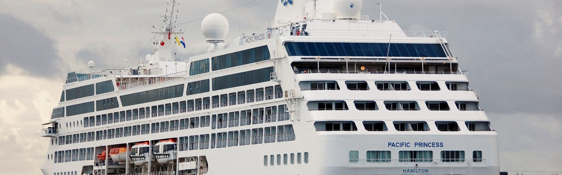 Croaziera 2018 - Transatlantic/Repozitionari (Civitavecchia) - Princess Cruises - Pacific Princess - 17 nopti
